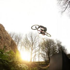 První jarní video z bikeparku